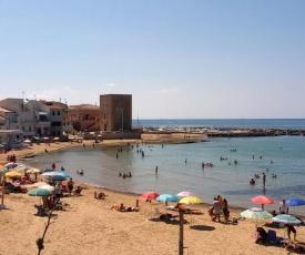 Appartamento in borgo marinaro davanti alla spiaggia